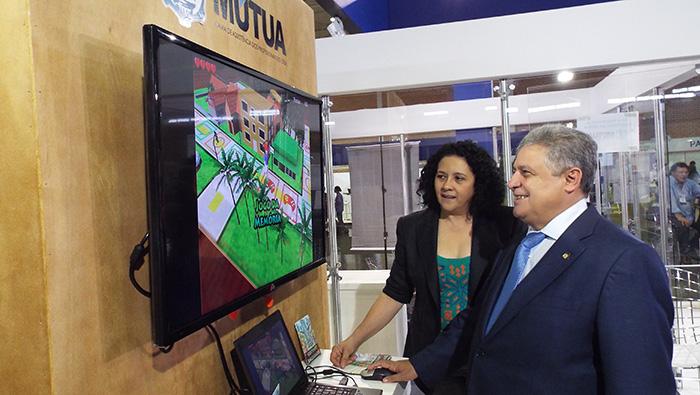 Senge-CE lança jogo sobre Engenharia no estande da Mútua na SOEA