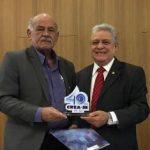 Crea-SE homenageia presidente do Confea, José Tadeu