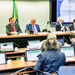 Na Câmara dos Deputados, presidente do Confea defende o fim das contratações integradas