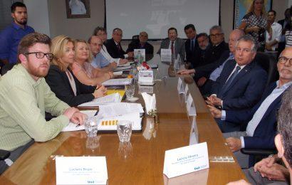 Crea-SE participa de reunião sobre processo de internacionalização da Universidade Tiradentes