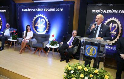 Homenagens e reconhecimento marcam 164ª Sessão Plenária Solene do Crea-SE