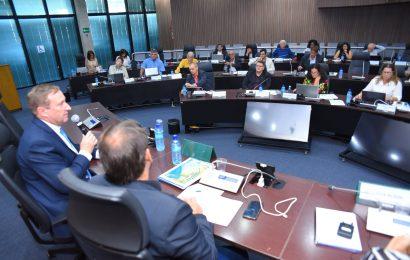 Comissão de Ética do Crea-SE participa de debate sobre Resolução 1.090