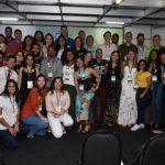Estudantes e professores visitam estandes e conhecem trabalhos científicos do Contecc